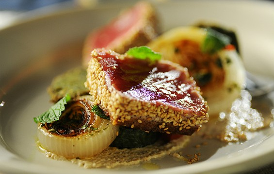 The site's first dish, sesame-crusted tuna. - COOK TASTE EAT