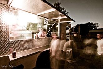 The truck's centerpiece? Brick and Bottle's popular pimento cheeseburger. - EL_EN_HOUSTON/FLICKR