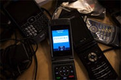 JEN SISKA - Threatened: emerging Web radio apps like Pandora Everywhere through Sprint.