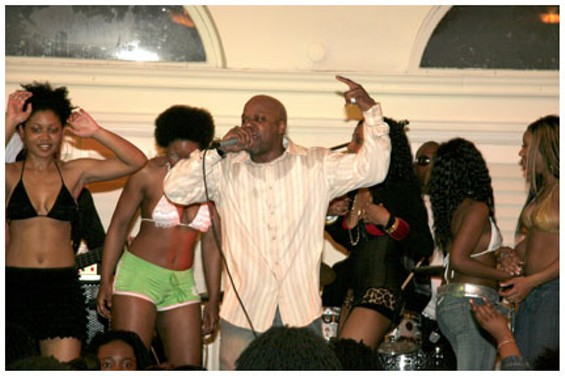 Too Short performing at Geoffrey's Inner Circle