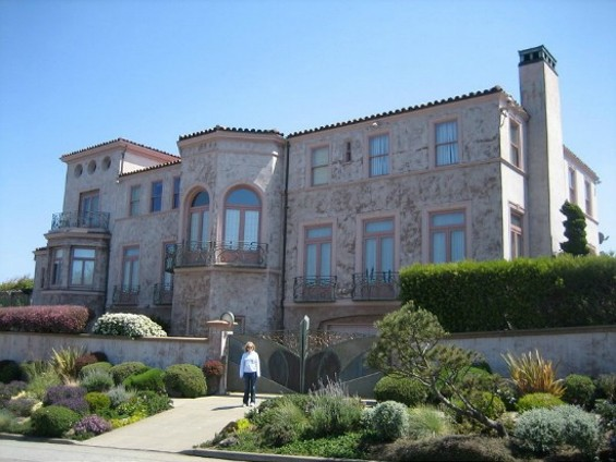 San Francisco home of Robin Williams. - WIKIPEDIA