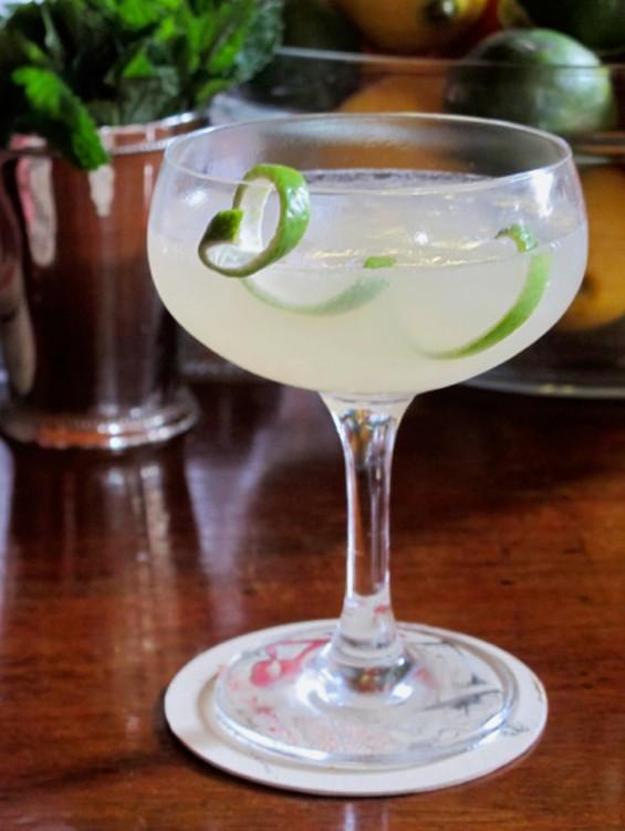 Tropical Daiquiri cocktail - LOU BUSTAMANTE