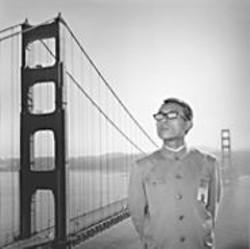 Tseng Kwong Chi's 1979 portrait of San - Francisco, California.