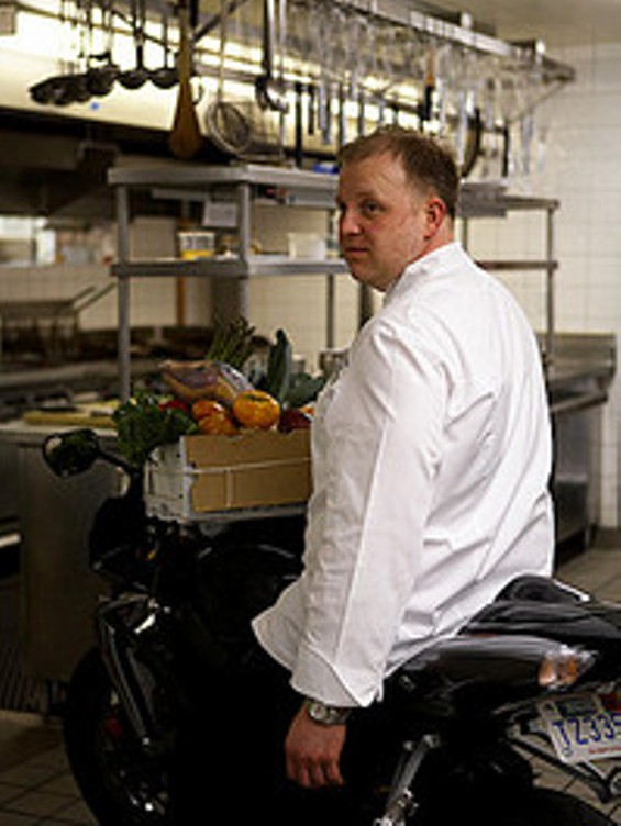 chef_mark_richardson_thumb_200x265.jpg