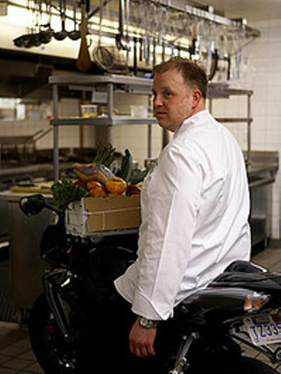 chef_mark_richardson_thumb_200x265.jpg