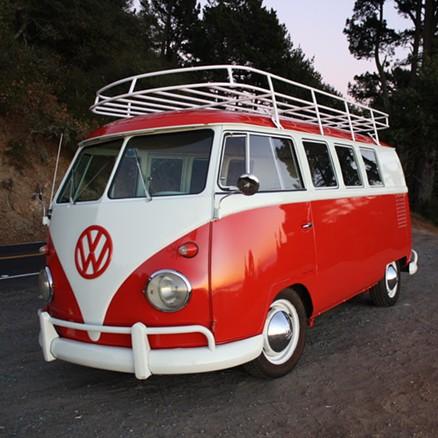 You can ride in Das Bus! - URBAN AIR MARKET