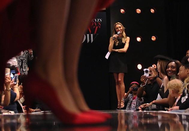 Giuliana Rancic hosting Macy's Front Row Fashion Show - SIMPLE2C PHOTO