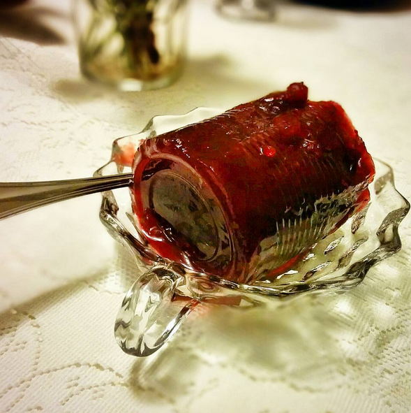 Canned-berry sauce. - @JABINGHAM/INSTAGRAM