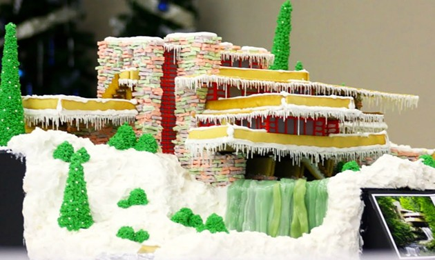 Frank Lloyd Wright's Falling Water, made out of gingerbread. - INHABITAT.COM/MELODIE DEARDEN