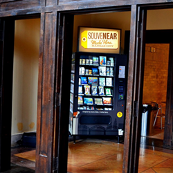 A SouveNEAR vending machine - INSTAGRAM/@SOUVENEAR