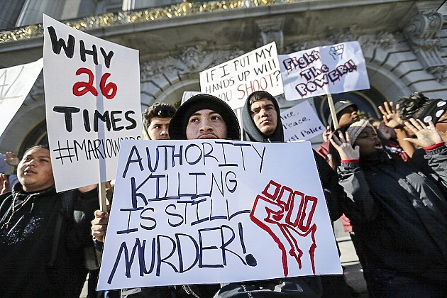 Students protesting outside City Hall on Dec. 11, 2015. - MIKE KOOZMIN/S.F. EXAMINER FILE PHOTO