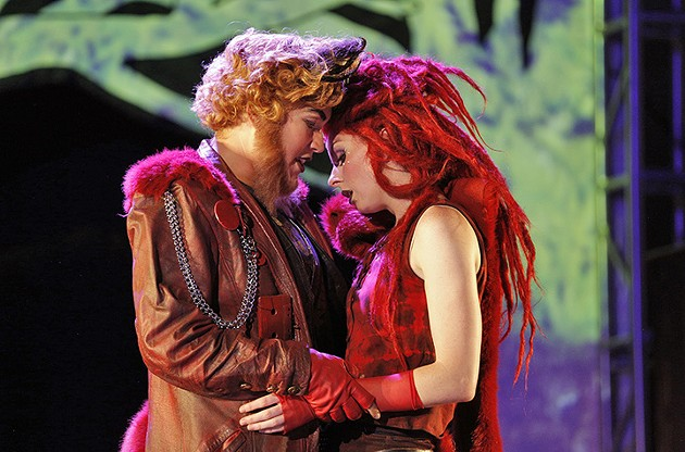 Nikola Printz as Fox; Amy Foote as Vixen. - CORY WEAVER