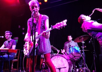 """Live Review: Ezra Furman and The Boy-Friends Keep It """"Fluid"""" at the Rickshaw Stop"""