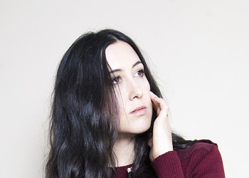 Vanessa Carlton Talks About Why She Doesn't Identify as a Pop Star