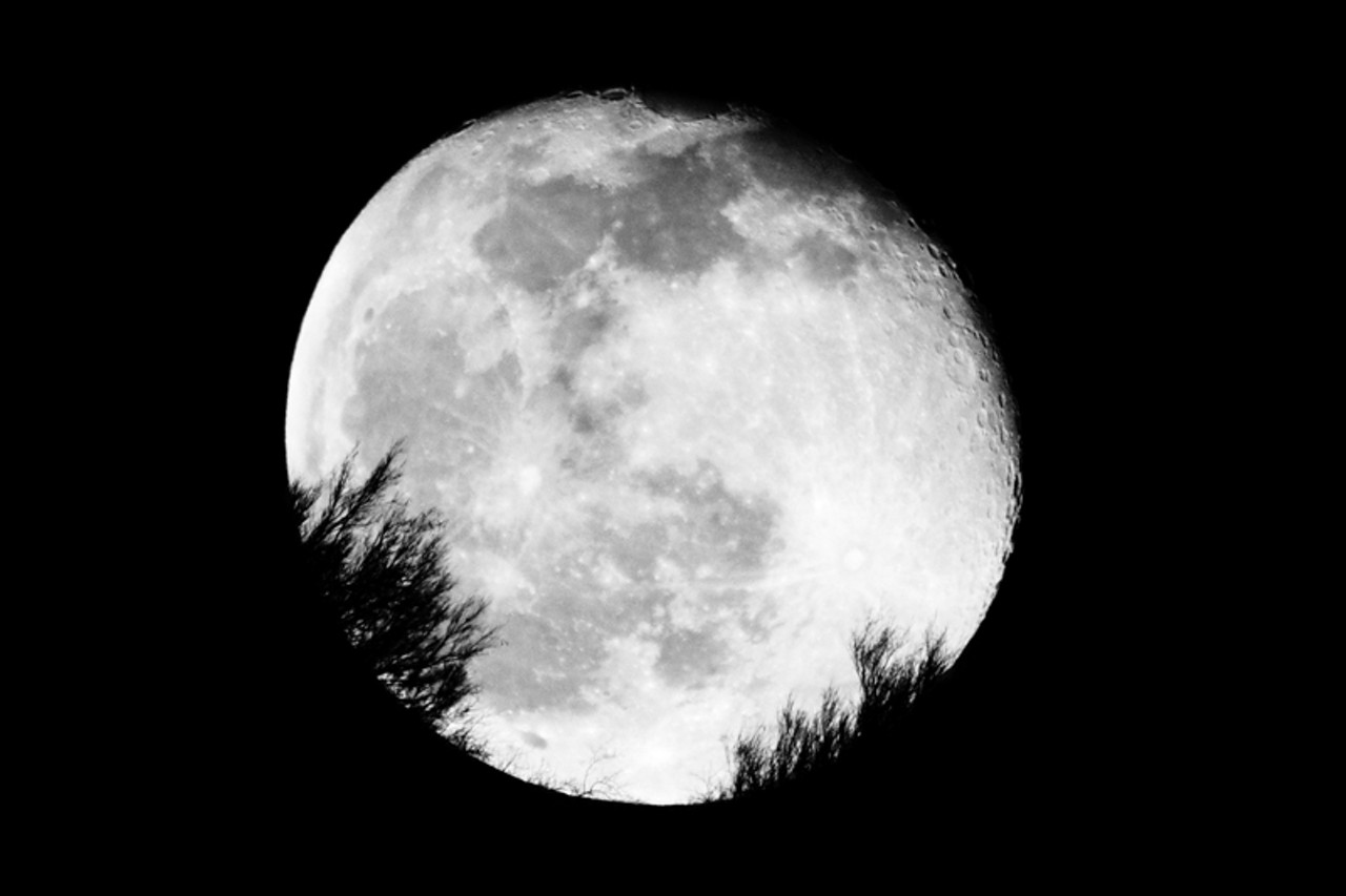click to enlarge Vintage Full Moon