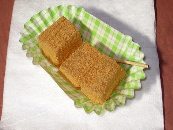 Warabi mochi, an unusual sweet at Kissako Tea in Japantown. - LUIS CHONG