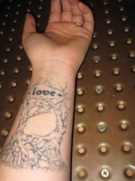 tattoolove_thumb_300x400.jpg