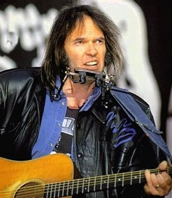neil_young_with_guitar.jpg