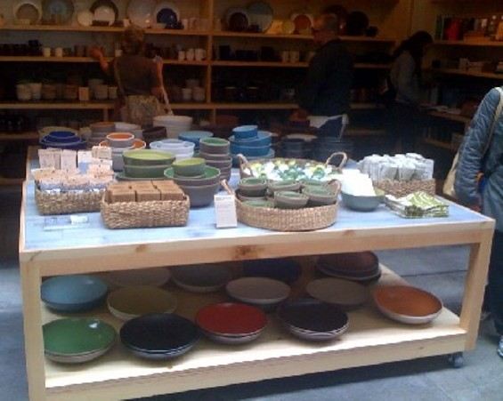 Who knew Heath bowls and vases came in so many colors?