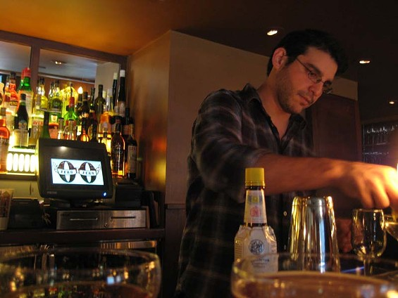 Zero Zero bar manager Joel Teitelbaum: Cocktails, pizza ― sort of the same thing. - LOU BUSTAMANTE