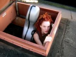Zoe Keating thinks outside of the box - JEFFREY RUSCH