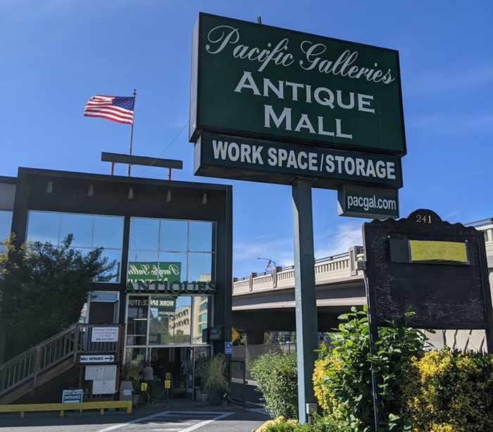 Thanks to a last-minute arrangement, Pacific Galleries Antique Mall, Seattles oldest antique gallery, will continue as Lander Street Vintage.