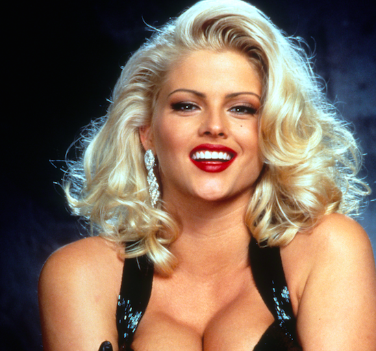 Remembering Anna Nicole Smith, a Queen of Softcore Porn
