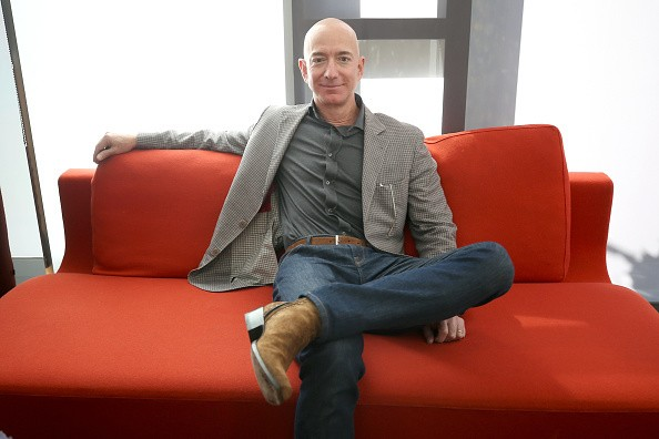 This guy created a bunch of apps and chatbots to manage his employees and somehow youre the lazy one.