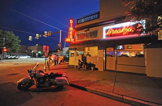 3rd Street Diner - SCOTT ELMQUIST