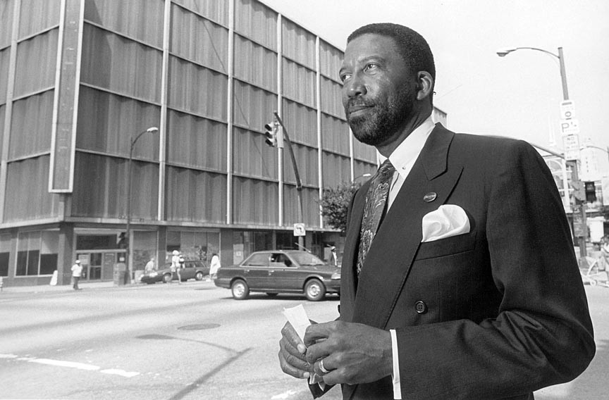 As former Richmond city manager in the mid-1990s, Robert Bobb earned a reputation as business-minded bureaucrat who knew how to close a deal.