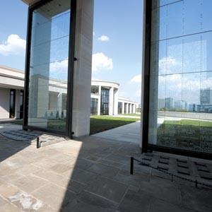 art39_architecture_war_memorial_300.jpg