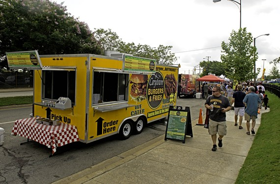 Food trucks such as the one from Carytown Burgers & Fries spent $2,500 for the opportunity to sell food at the Redskins training camp. By the last day, business had slowed to a crawl.
