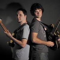 art28_music_guitars_200.jpg