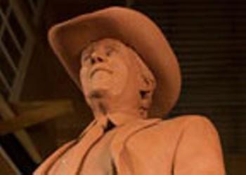 Jimmy Dean Tribute Statue Takes Shape
