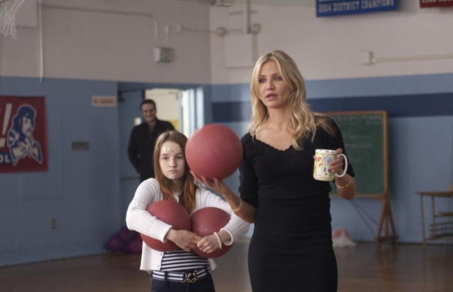 """Kaitlyn Dever and Cameron Diaz star in """"Bad Teacher,"""" a serious and even-handed cinematic masterpiece that soberly investigates the effectiveness of recent educational initiatives that. … Nah, it's another summer movie with big boobies and fart jokes."""