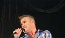 Morrissey Bears Soul, Chest At The National