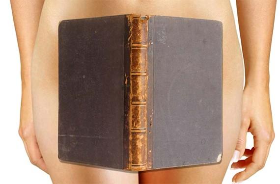 night44_naked_girls_reading.jpg