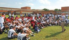 NFL Draws Hundreds of City Kids