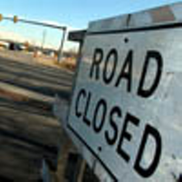 street01_road_closed_100.jpg