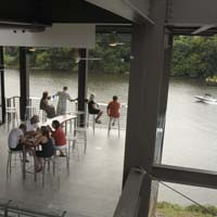 food33_boathouse_200.jpg