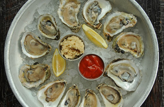 The oyster sampler at is one of the main attractions at the Fan's Pearl Raw Bar. - SCOTT ELMQUIST