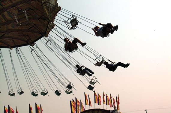 news23_fair_swings.jpg