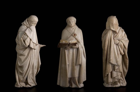 These solemn alabaster mourners from the tomb of John the Fearless are currently on view at the Virginia Museum of Fine Arts. - © MUSÉE DES BEAUX-ARTS DE DIJON. PHOTO FRANÇOIS JAY.