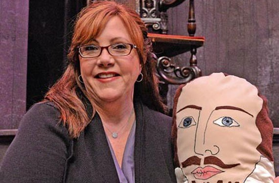 Jacquie O'Connor, who was instrumental in helping merge Henley Street and Richmond Shakespeare to form Quill, will step down June 30.