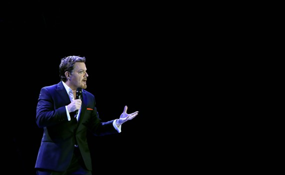 """Eddie Izzard in a publicity image from his """"Force Majeure"""" tour."""