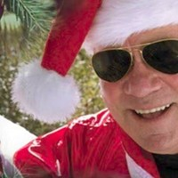 "REVIEW: The William Shatner Christmas Album ""Shatner Claus"" Is Just What You Might Expect"