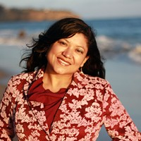Author Reyna Grande Brings a First-Person Look at the Immigration Experience