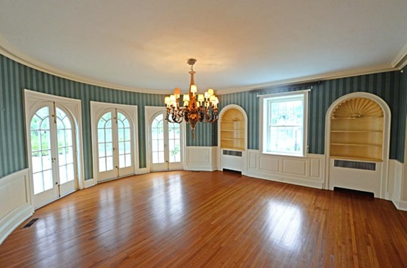 The Rothesay Circle home was built in 1925, designed by architect Otis K. Asbury. The room curvatures and arches for room entryways were fanciful touches popular during the time, particularly for a Mediterranean-style home. - SCOTT ELMQUIST