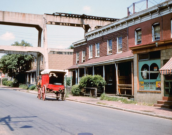 Ridley's fish wagon, Rochkind's Luncheonette and viaduct for the Richmond-Ashland Car Line, 800 block West Leigh Street, Carver, August 1956. - EDITH K. SHELTON PHOTOGRAPH COLLECTION, THE VALENTINE