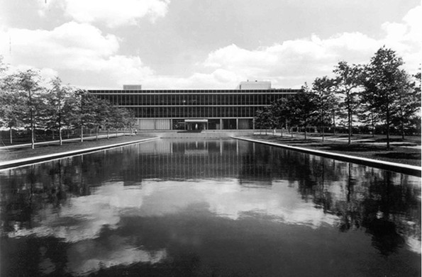 The Reynolds Metals corporate headquarters was constructed from 1955-1958 at 6601 W. Broad St. It was the first major suburban office park in the region. Designed by the internationally prominent architect Gordon Bunshaft of the Skidmore, Owings & Merrill (SOM) firm, the complex now houses Altria. - VIRGINIA DEPARTMENT OF HISTORIC RESOURCES